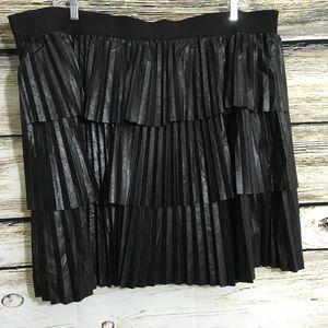 Lane Bryant 26/28 Black Skirt Layers NWOT D6
